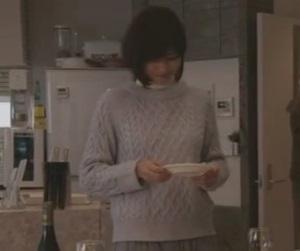 ドラマ衣装「ナオミとカナコ」内田有紀ニット・セーター&スカート